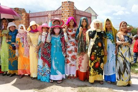 高棉族传统服装的独特魅力 hinh anh 1