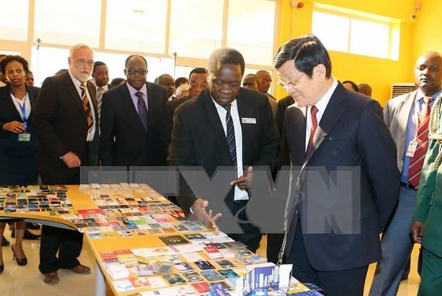 越南国家主席张晋创圆满结束对坦桑尼亚的国事访问 hinh anh 1