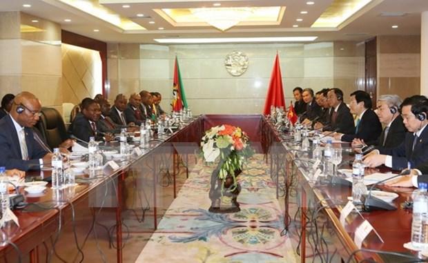 越南国家主席张晋创与莫桑比克总统菲利佩举行会谈 hinh anh 1