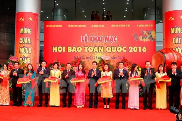 首次举行的越南全国刊物展正式开幕 hinh anh 1