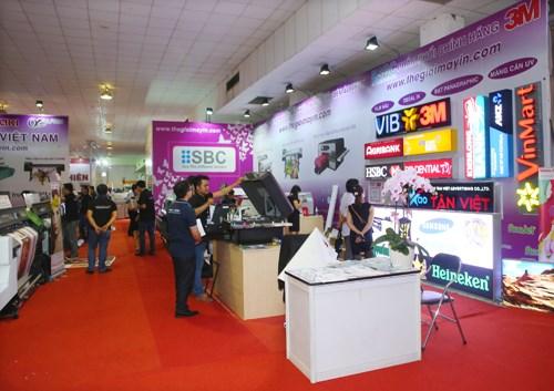 2016年越南国际广告设备与技术展览会在河内开幕 hinh anh 3