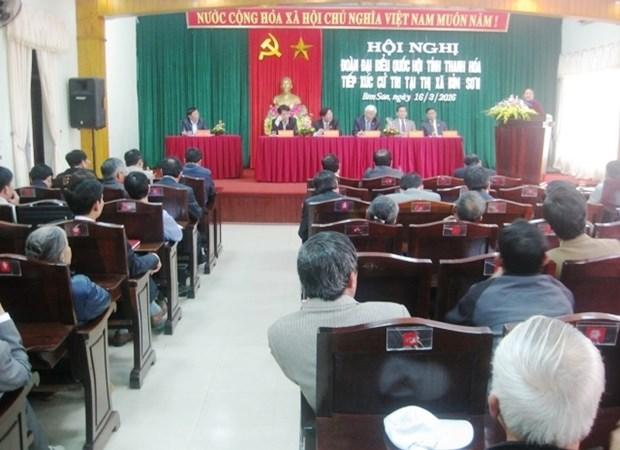越南国会副主席汪周刘接触清化省选民 hinh anh 1