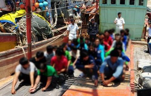 越南外交部发言人黎海平:越南采取有效措施保护越南渔民的正当利益 hinh anh 1
