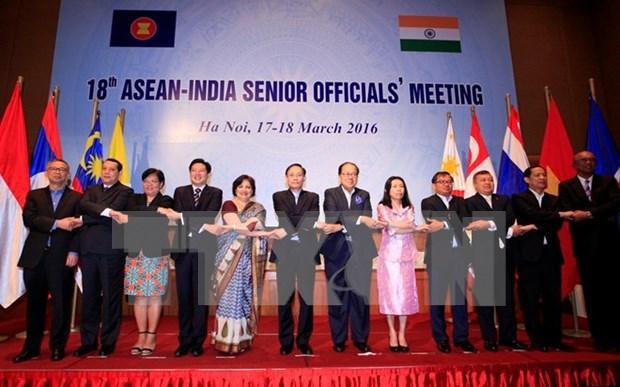 第18届东盟—印度峰会在河内举行 hinh anh 1