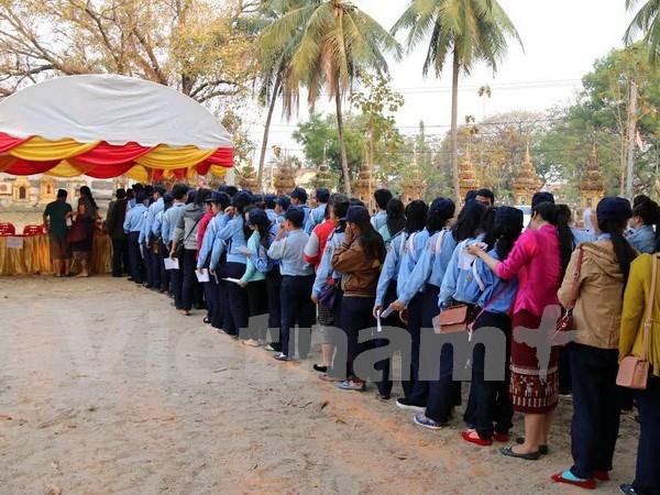 老挝第八届国会选举:近400万选民参加投票 hinh anh 1