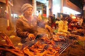 大叻夜市——高原地区的特色文化 hinh anh 3