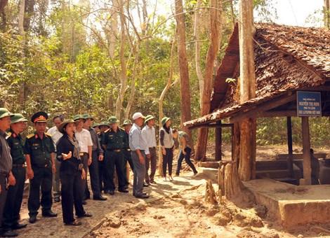 越南南方解放军指挥部根据地遗迹区被列入国家级特殊遗迹区名录 hinh anh 1
