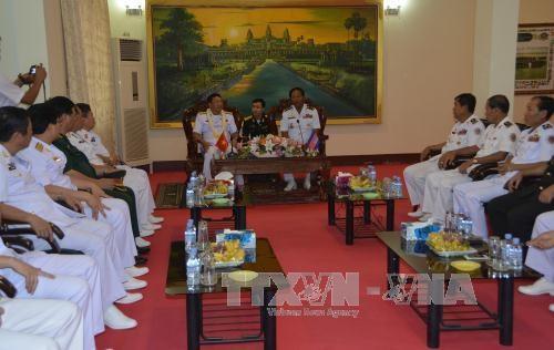 越柬海军加强合作关系 hinh anh 2