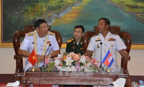 越柬海军加强合作关系 hinh anh 1