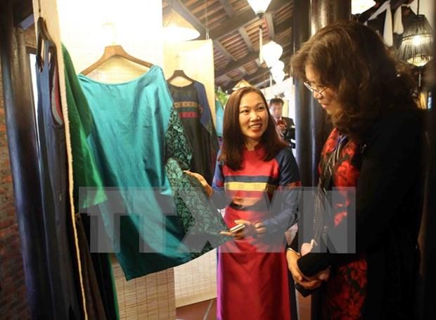 2016年越南亚洲丝绸文化节开幕 hinh anh 1