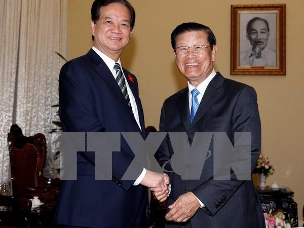 越南政府总理阮晋勇会见老挝政府副总理宋沙瓦•凌沙瓦 hinh anh 1