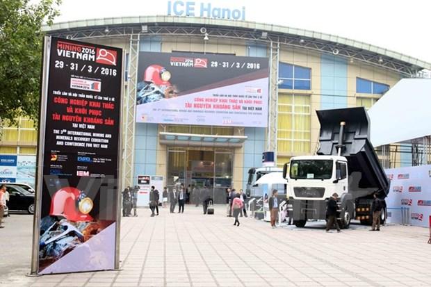 2016年越南国际采矿技术展在河内开幕 hinh anh 1