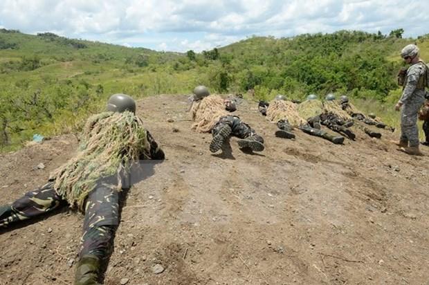 """美国和菲律宾进行""""肩并肩""""联合军演 hinh anh 1"""