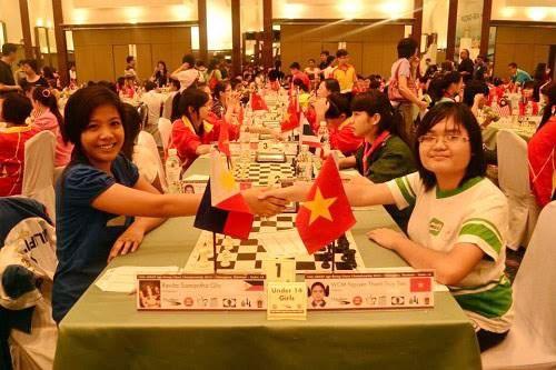 2016年亚洲青少年国际象棋锦标赛:阮清水仙有望夺魁 hinh anh 1