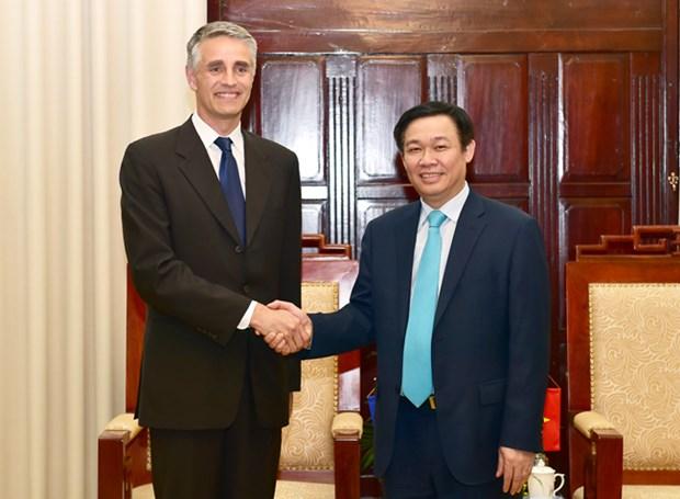 越南政府副总理王廷惠会见国际货币基金组织第四条款磋商代表团 hinh anh 1