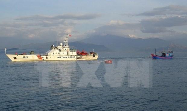 第11次越中北部湾共同渔区渔业海上联合检查圆满结束 hinh anh 1