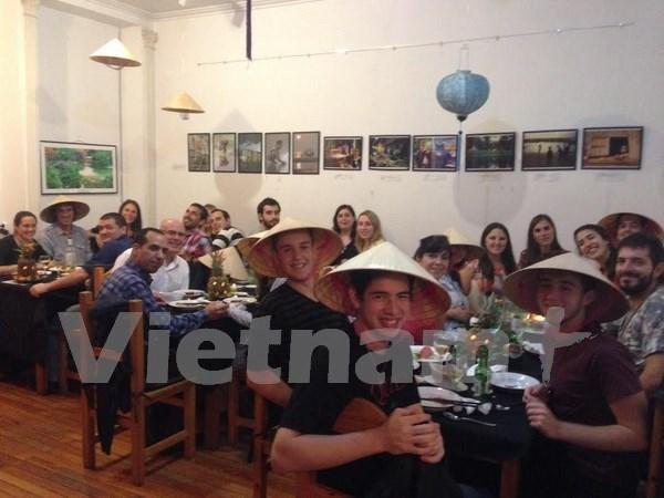 越南文化周在阿根廷圆满落幕 hinh anh 1