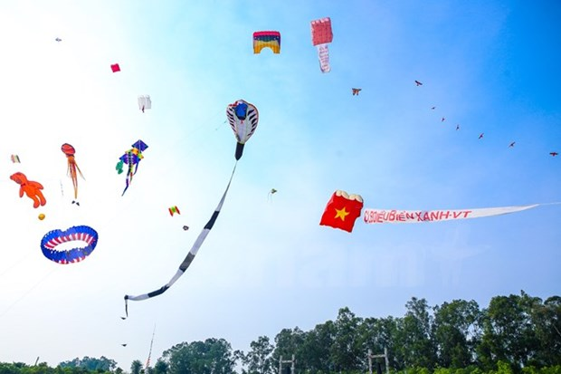国际风筝节—风筝的交响乐 hinh anh 1