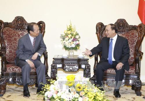 阮春福总理:越南政府将为三星集团在越投资更加成功提供便利 hinh anh 1