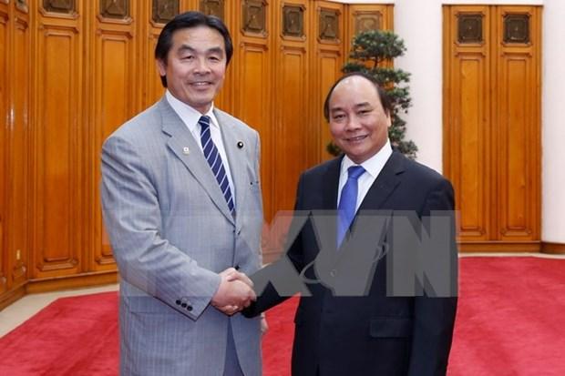 越南政府总理阮春福会见日本文部科学大臣驰浩 hinh anh 1