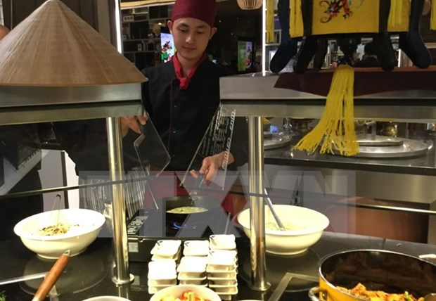 越南旅游摄影图片展及饮食文化周在哥伦比亚举行 hinh anh 1