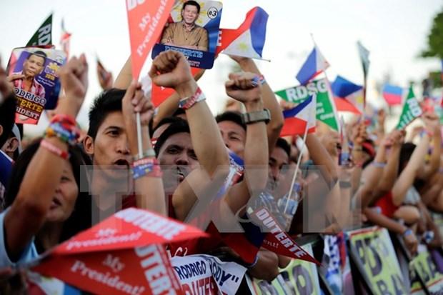 菲律宾大选前发生暴力袭击 7人死亡 hinh anh 1
