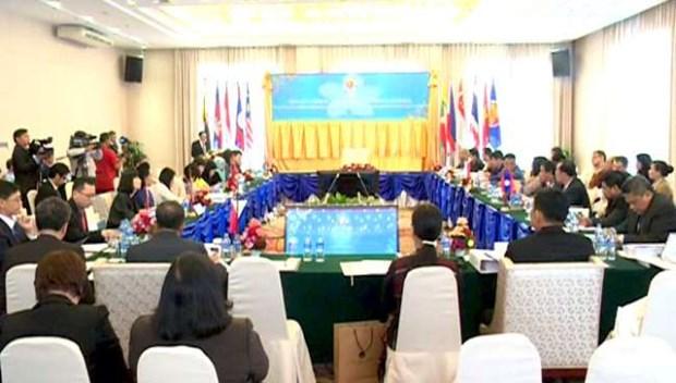 第12次东盟劳工事务官员会议:促进东盟劳动者可持续就业 hinh anh 1