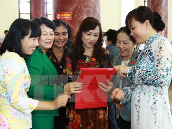 努力提高越南国会代表中少数民族代表的比例 hinh anh 1