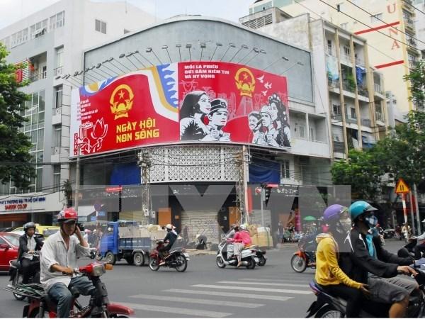 越南国家选举委员会批准51个军队单位提前进行选举投票 hinh anh 1
