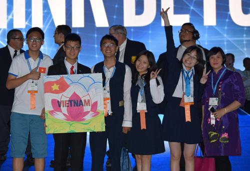 2016英特尔国际科学与工程大奖赛:越南学生夺得4奖项 hinh anh 1