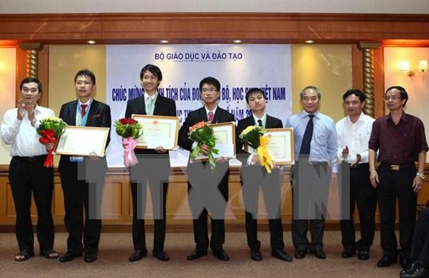 亚洲与太平洋地区信息学奥林匹克竞赛:越南学生获得一枚金牌 hinh anh 1