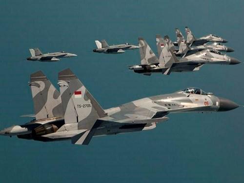 俄罗斯与印尼签署防务合作协议 hinh anh 1