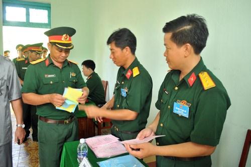 越南选举日临近:全国各地纷纷举行提前投票 hinh anh 1