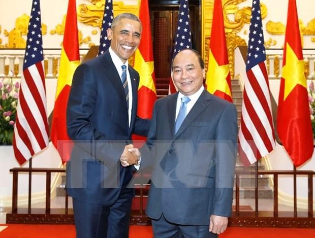 越南政府总理阮春福会见美国总统奥巴马 hinh anh 1
