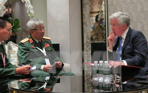 越南与欧盟、英国和意大利加强国防安全合作 hinh anh 1