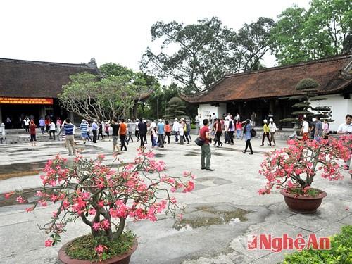 越南义安省多措并举 促进旅游业发展 hinh anh 1