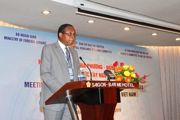 越南西原地区各地方与越南外交使团举行见面会 hinh anh 2