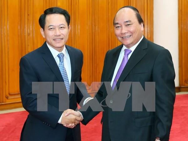 越南政府总理阮春福会见老挝外长 hinh anh 1