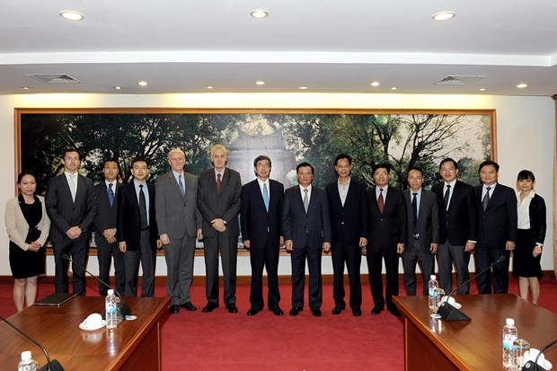 越南财政部与亚洲开发银行加强合作 hinh anh 2