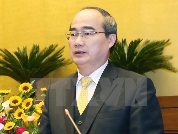 祖国阵线中央委员会主席阮善仁会见越南新任驻外大使与总领事 hinh anh 1