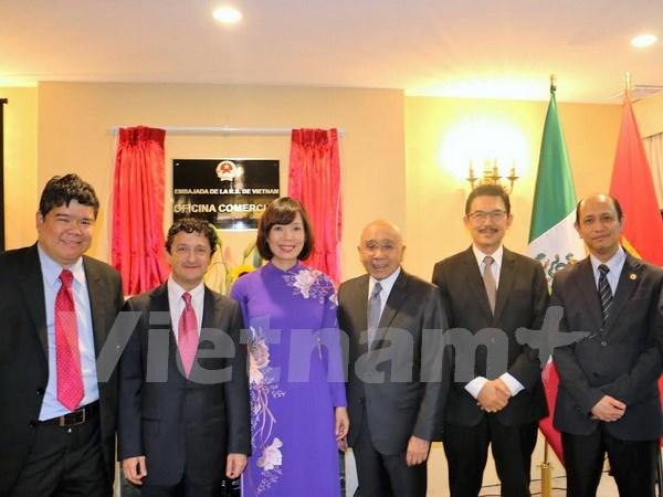 越南驻墨西哥大使馆商务处新办公室正式开张 hinh anh 1