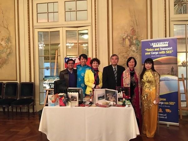 越南参加在智利举行的东盟旅游信息展 hinh anh 1