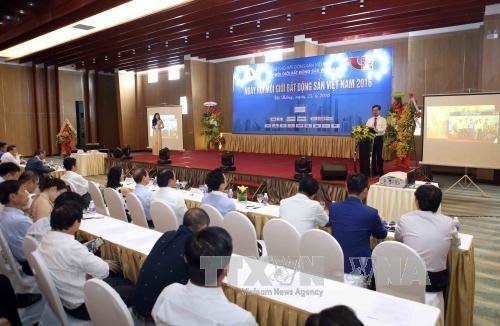 150名越南模范房地产经纪人受表扬 hinh anh 1