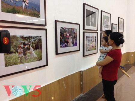 越南举行系列活动庆祝6·28家庭日 hinh anh 1