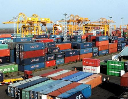 2016年上半年全国贸易顺差额达15亿美元 hinh anh 1