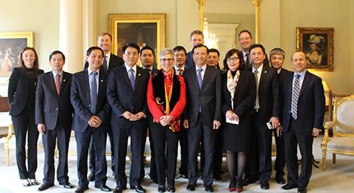 越南河内市与澳大利亚维多利亚州加强合作 hinh anh 1