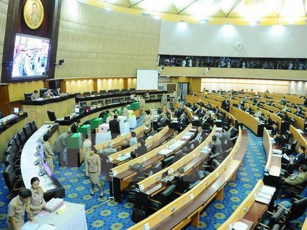 泰国承诺对新宪法草案进行全民公投 hinh anh 1