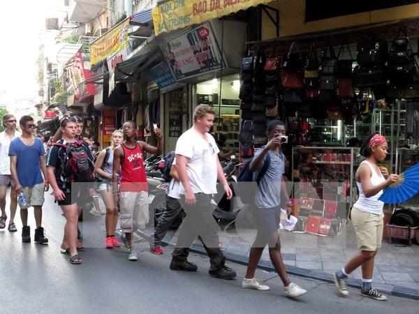 赴越南河内市旅游的外国游客量猛增 hinh anh 1