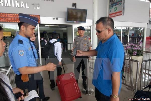 印尼将对马来西亚和新加坡公民采取更为严格的检查措施 hinh anh 1