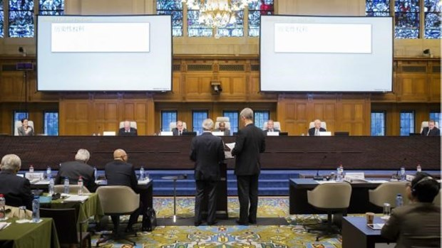 荷兰海牙国际仲裁法庭对菲律宾东海仲裁案做出最终裁决 hinh anh 1